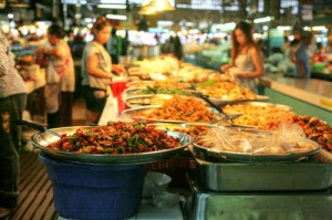Delicious food at Thanin market
